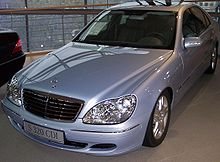 220px-Mercedes_S-KLasse_S_320_CDI