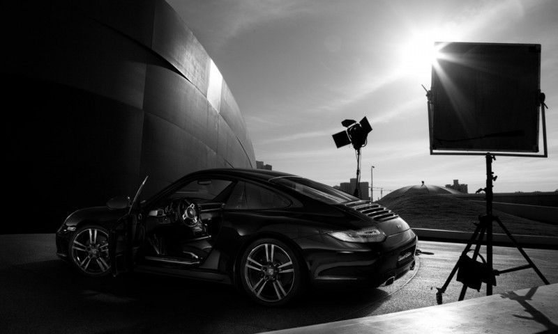 2011-2012_Porsche_911_997_Black edition_54