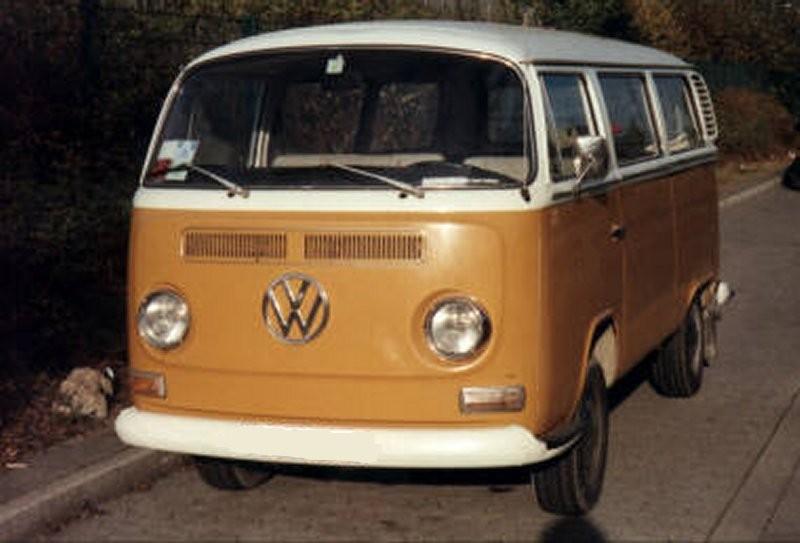 VW_Type2_T2a_Bus