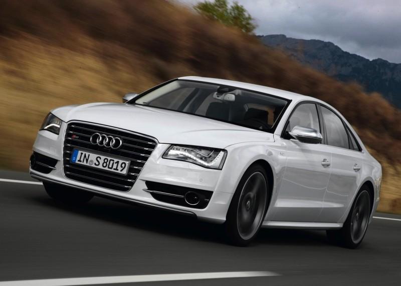 Audi-S8-2013-1280-02